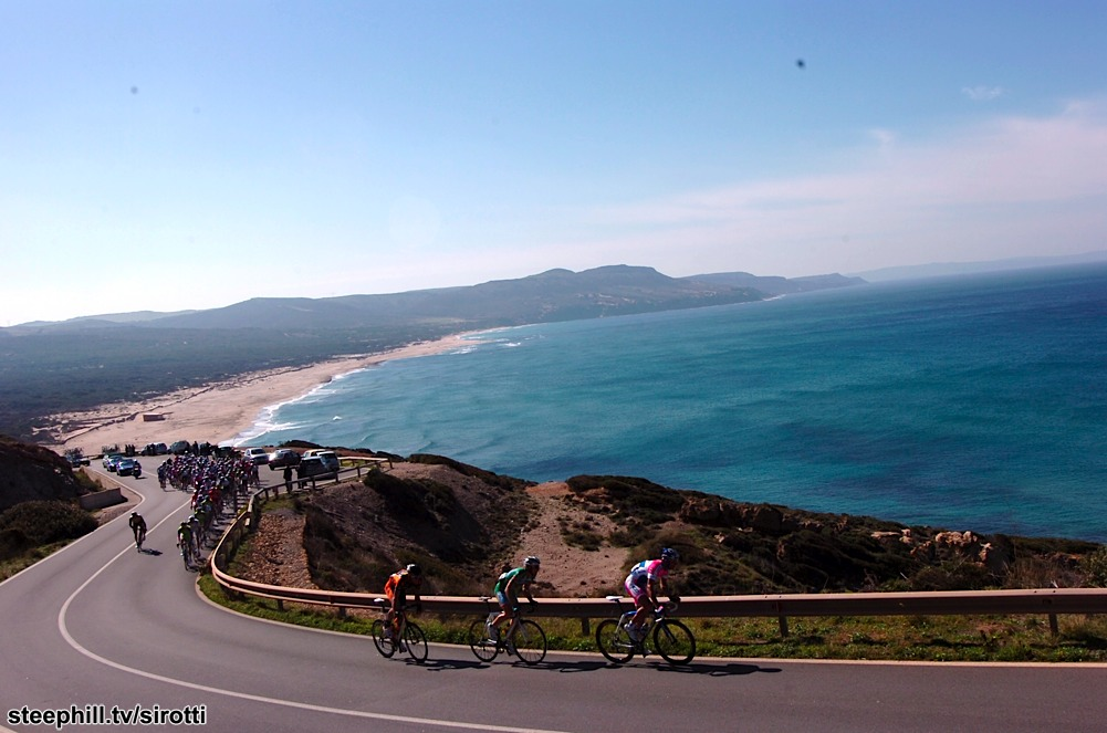 http://www.steephill.tv/2009/giro-di-sardegna/photos/stage-05/20-PIC8092514.jpg