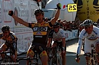 http://www.steephill.tv/2009/giro-di-sardegna/photos/thumbs/40-PIC7498559.jpg